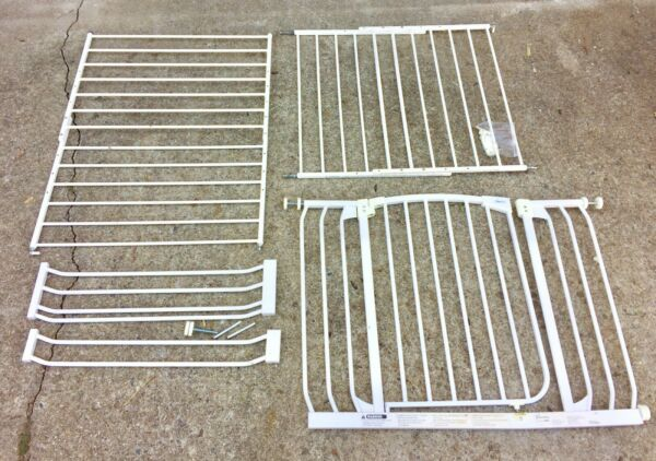 Baby Gates - safety gates for upstairs downstairs extensions and walk through