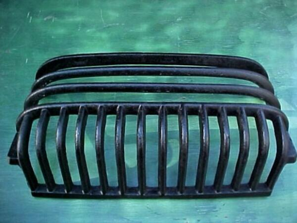 Antique Cast Iron Fireplace Insert Firebox Hanging Coal Basket  Grate