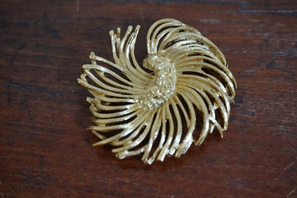 Signed Monet Vintage Gold Tone Textured Flower Brooch Pin
