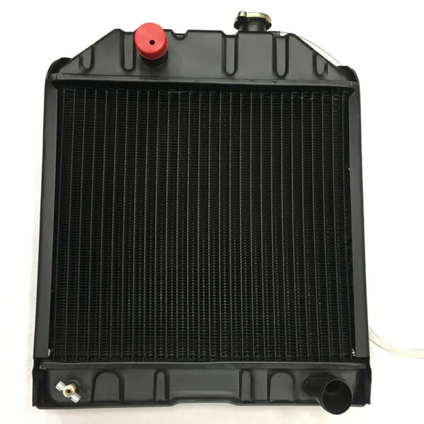4 Row C7NN8005H Radiator For Ford Tractors 2000 2600 3000 3600 4000
