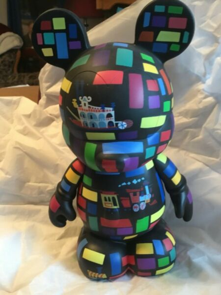 Large 9quot; Vinylmation Park #5 Series Retro Disneyland Limited Edition of 800 $23.00
