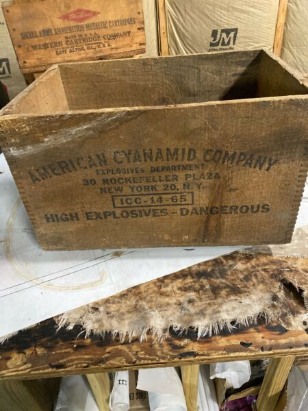 Vintage Wood Box Crate American Cyanamid Co High Explosives 30 Rock NY