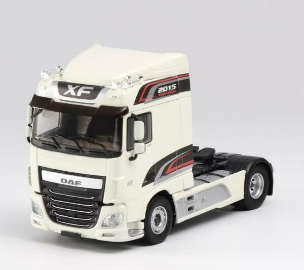 DAF XF EURO 6 SPACE CAB EDITION-B tractor  with Oil tank Set of 2 143 DIECAST