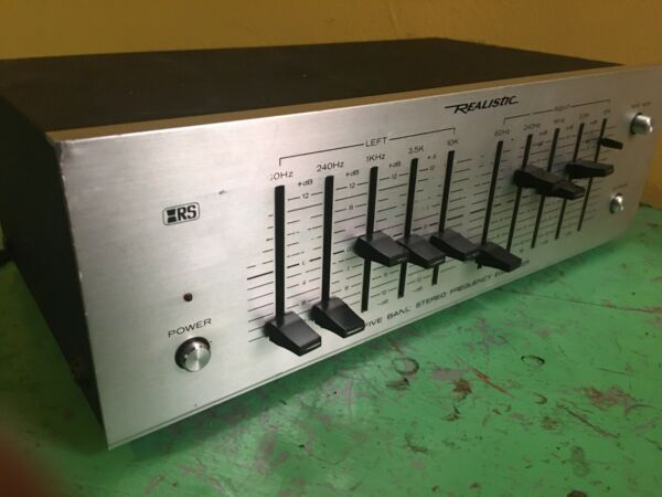 REALISTIC EQUALIZER EQ FIVE BAND STEREO FREQUENCY
