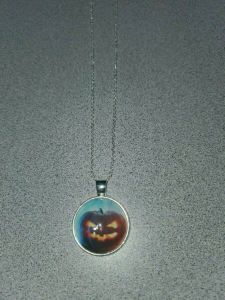 SCARY PUMPKIN HALLOWEEN UNISEX SILVER PENDANT NECKLACE ADULT  KID ORGANZA BAG