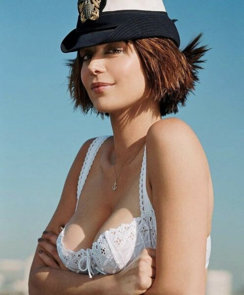 CATHERINE BELL AS A SAILOR ?? IN A BRA $1.50