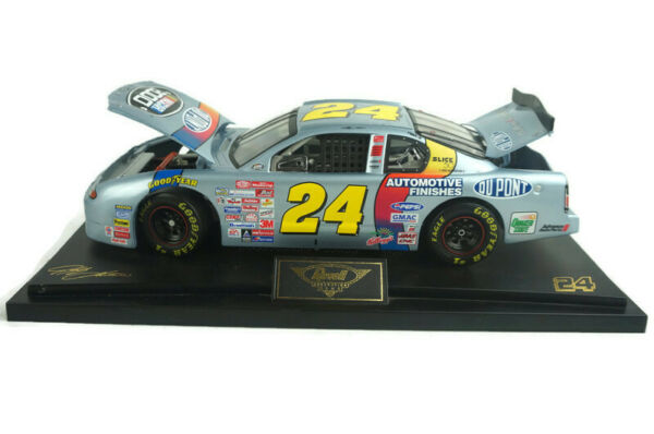 Revell Collector#x27;s Club NASCAR 2000 Jeff Gordon Die Cast #24 Dupont * 2508 1 18