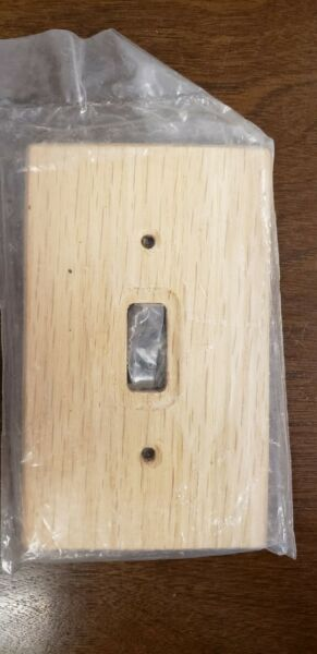 LIGHT WOOD SWITCH COVER LOT OF 5 $10.00