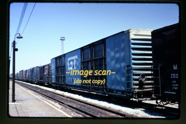 1973 GT Grand Trunk Cars at Homewood Illinois Original Slide c8b $19.99