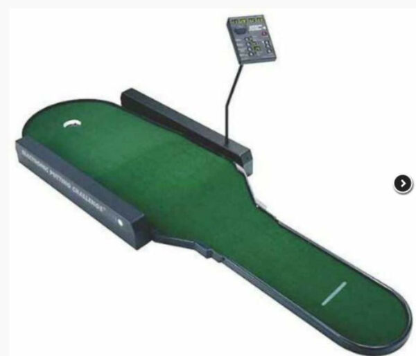 Putting challenge golf game practice indoor portable putter green mat