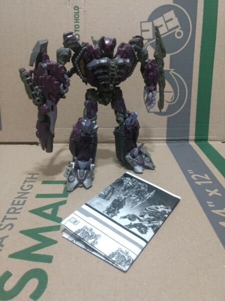 COMPLETE Shockwave Transformers Dark of the Moon Voyager Class DOTM