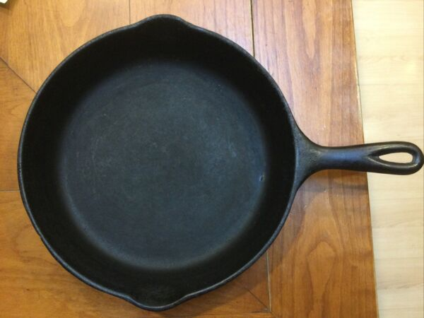 "No. 8 Wagner Cast Iron Skillet 10"" 1058"
