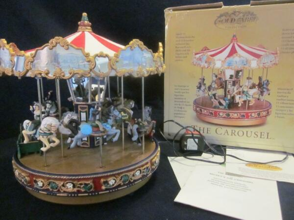 Mr Christmas The Carousel 2003 orig box Gold label Collection15 Christmas Carols