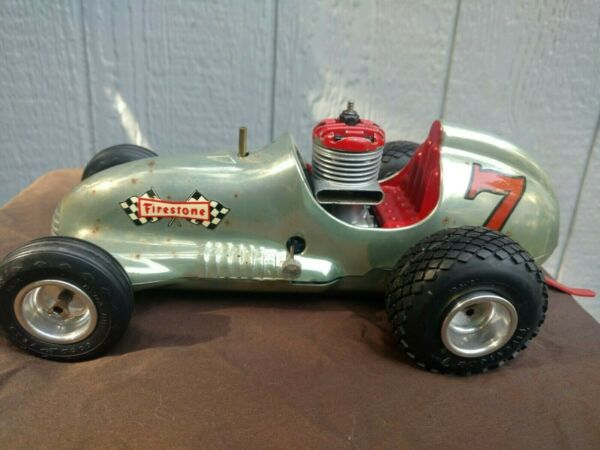 REAL MCCOY RED HEAD TETHER CAR GAS POWERED VINTAGE RACING w BAR