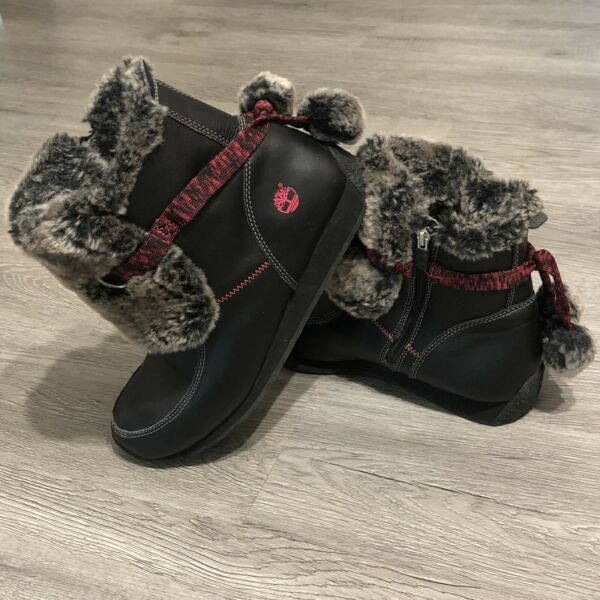Womans Size 7 Timberland Winter Boots Fur Lined Black Red Flat 59991M $29.90