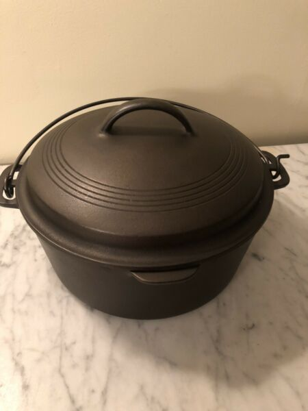 Vintage Wagner Ware Cast Iron Roaster Dutch Oven Pot 1268 with Lid RESTORED