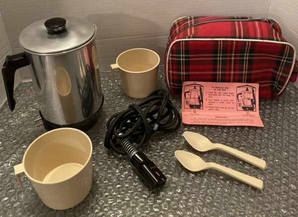 Vintage Cornwall Corp. Coffee Percolator Pot Model 225 Cups Spoons Case Pouch