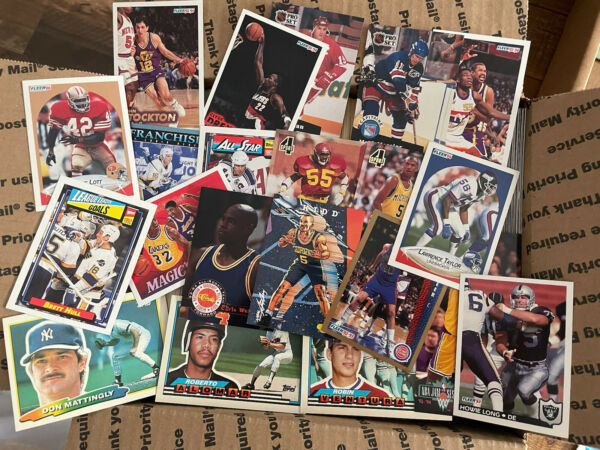 LARGE BOX HUGE LOT OF 3000 MIXED SPORTS CARDS Huge Collection NBA MLB NHL NFL