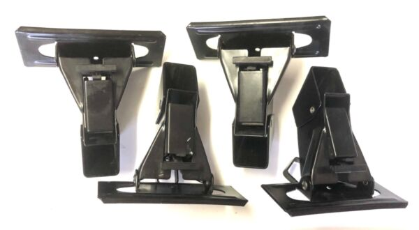 4 THULE 400 TOWERS FOR SQUARE BARS EXC CONDITION w FREE US SHIPPING $44.99