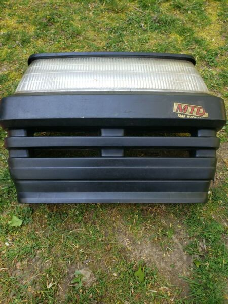 Mtd Yard Machines Lawn Tractor Front End Grille p n 731 1097E Minor damage