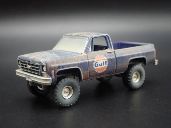 1978 CHEVY CHEVROLET SQUARE BODY PICKUP TRUCK GULF 1:64 SCALE DIECAST MODEL CAR
