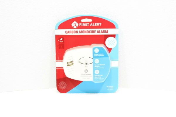 New First Alert Carbon Monoxide Detector Battery Operated Easy Access Button $16.95