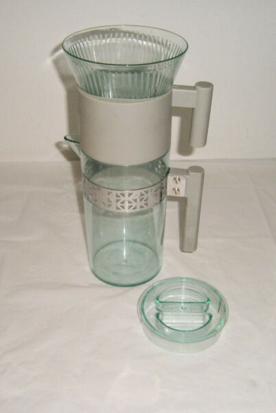 Starbucks Iced Coffee Brewer Maker Cold Brew Pour Over Style Excellent Condition