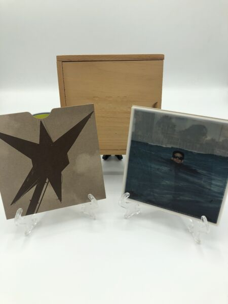 R.E.M. Automatic For The People LIMITED EDITION Wood Box Edition $16.50