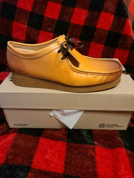 CLarks Wallabees 2