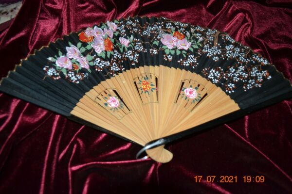 Vintage Hand Painted Silk wood fan Floral and wood base painted also JAPAN 5 $19.99