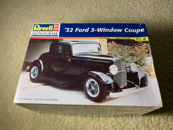 Vintage 1996 Revell #x27;32 Ford 3 Window Coupe Sealed Most parts sealed 87 605