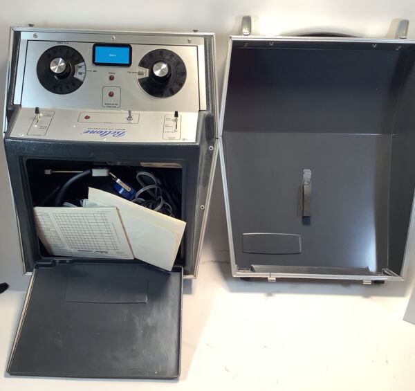 Beltone Model 119 Audiometer Hearing Tester with Headphones Untested