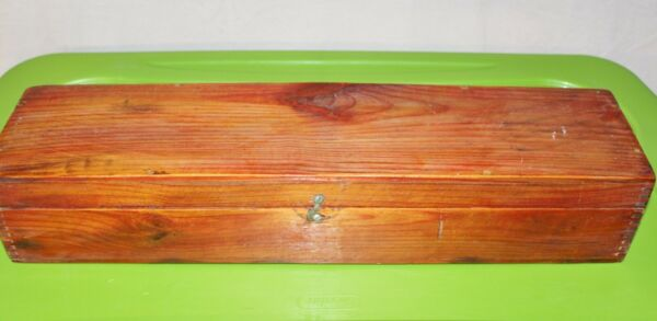 VINTAGE WOODEN ANTIQUE BOX 22 1 4 X 5 1 4 WIDE amp; 4 1 8 TALL LATCH CLOSER M MADE