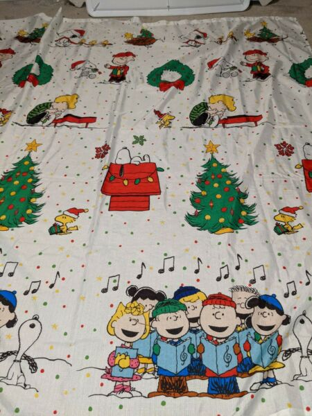 Peanuts Snoopy Christmas Large Vinyl Tablecloth Fast Shipping $21.90