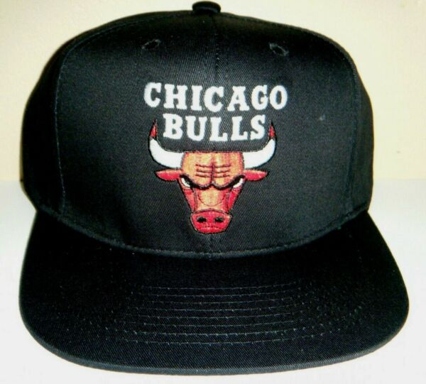 Chicago Bulls NEW w/ Sticker Snapback Hat Authentic Adidas Cap BLACK