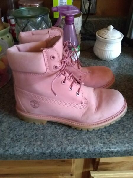 womens timberland pink boots 8.5 $75.00
