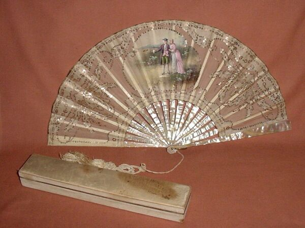 ANTIQUE SEQUINS HANDPAINTED GAUZE ROMANTIC FAN MOP NATURAL MATERIAL STICKS w BOX