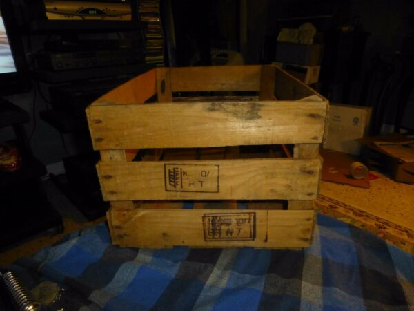 Vintage IPPC WOOD PRODUCE CRATE Record Media Storage Rack W Patina 18