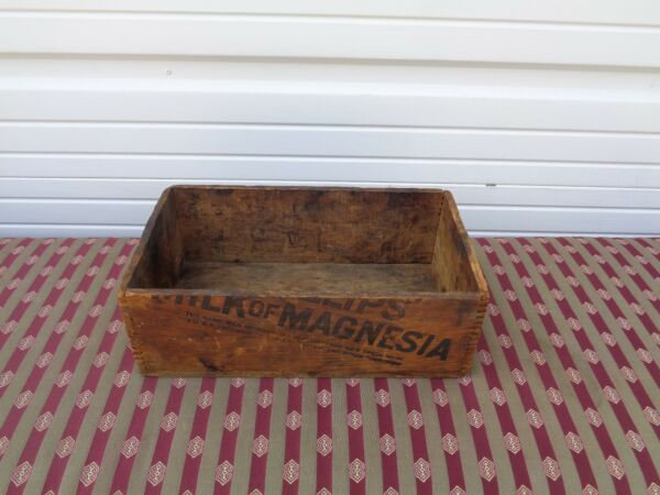ANTIQUE MILK OF MAGNESIA DOVE TAIL WOOD CRATE RARE ADVERTISING VINTAGE OLD