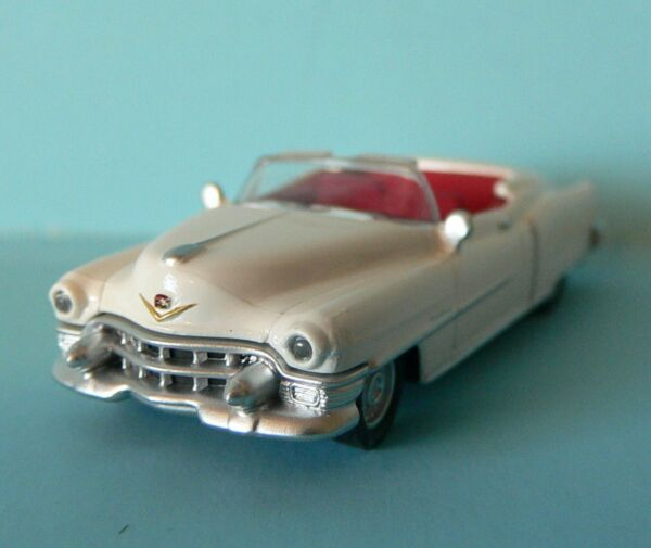 Free Shipping HO 1:87 Scale Die Cast Car 1953 Cadillac Convertible White Schuco