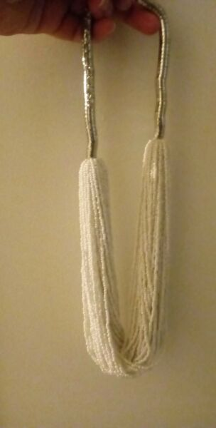 NWOT Snow WhiteSilver Seed Bead Necklace. Well Made. Free Shipping. 22 in +