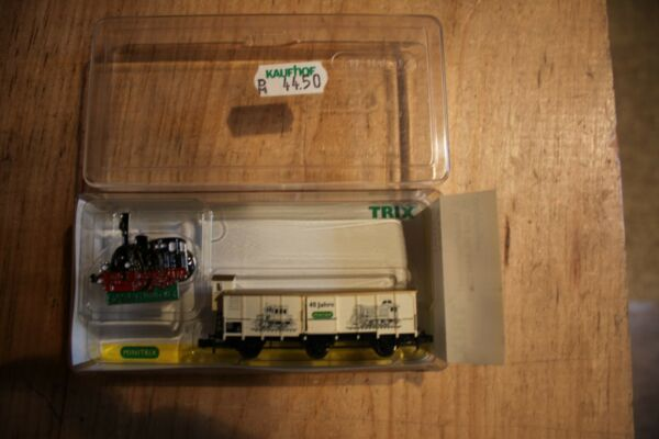 N scale Trix freight car new in plastic case with hat pin # 15023
