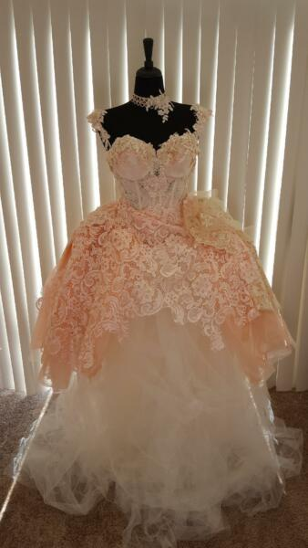 Buy 1 Get 1 10% Off 16Pc LOT WHOLESALE WEDDING GOWNS & ACCESSORIES STYLESSIZES