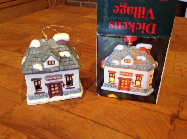 DICKENS VILLAGE BELL LIGHTS ORNAMENT ROOMS FOR HIRE $8.00