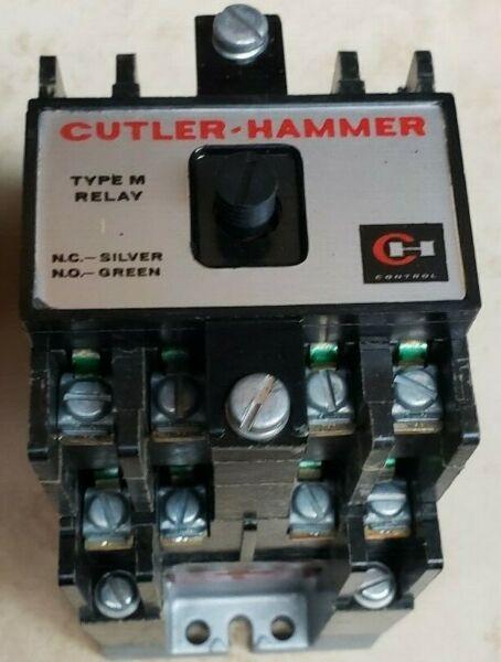 Cutler-Hammer D23MR80A Contactor Type M RELAY 300V 120VAC Coil NEW