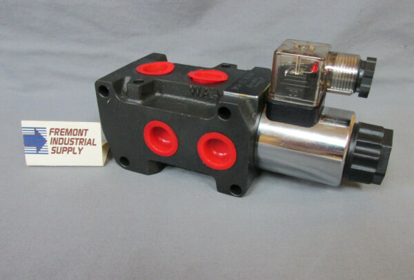 Hydraulic solenoid operated 3rd function selector valve 12 volt DC