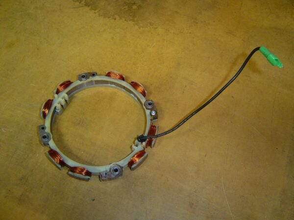 Briggs and Stratton stator alternator #696457 or #592829 Tri Circuit fits many
