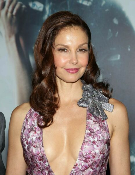 ASHLEY JUDD 8X10 GLOSSY PHOTO PICTURE IMAGE #4
