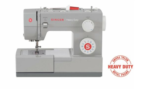 Singer HEAVY DUTY 4423 Sewing Machine. FREE SHIPPING!!!!