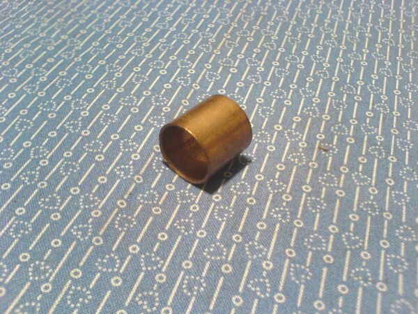 ARIENS SNOW THROWER BRONZE BUSHING.  05502900   *NEW OEM PART*       F-21